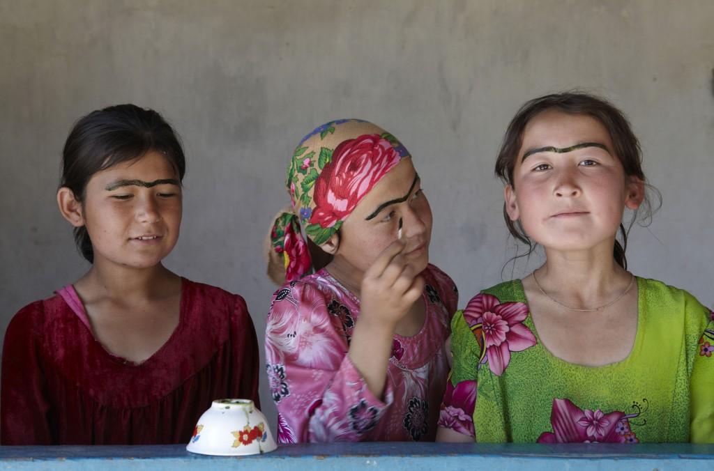Tajikistan Women11